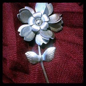 Vintage Metal Flower Pin/Brooch